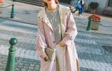 等發了工資,我要立馬買這樣的風衣外套,上身太帶感