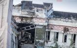 汶川大地震把映秀鎮夷為平地,廢墟中國旗飄揚,國旗在家在!