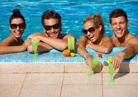 女性在泳池中游泳,會因為男性在水裡做了不可描述的事而懷孕嗎?