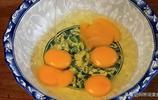 香椿炒雞蛋的正確做法,不要直接下鍋,多加這一步,好吃又健康