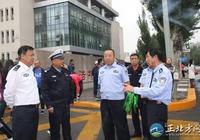 王永清副局長陪同李志斌副市長深入考點檢查指導高考安全保衛工作