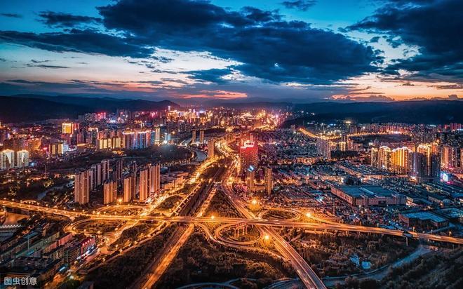 西寧是全國遊客增長最快的十大網紅城市,眾多自然人文歎為觀止