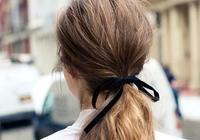 14 個蝴蝶結髮型靈感:懶女生也可瞬間變身氣質女孩,就全靠一條絲帶!