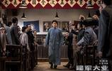 影院現場拍到《建軍大業》比《戰狼2》更有顏值,張涵予黃金榮,完勝偶像劇,大家看了不知會是什麼感覺?