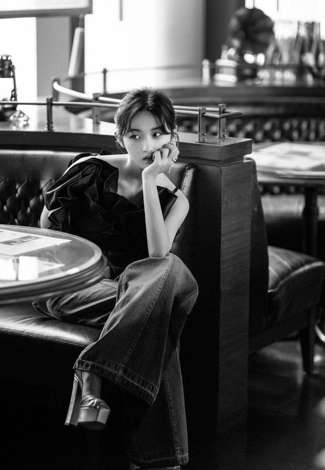 張子楓,上海新片發佈會造型,妹妹也太好看了吧