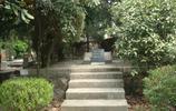 探訪喬冠華墓地現狀,碑上刻毛主席贊詩,墓地分佈四處各有深意