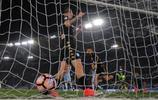 足球——意甲:那不勒斯勝拉齊奧