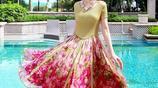 表姐穿這款三緯真絲印花連衣裙,去三亞旅遊吸引叢多遊客的目光