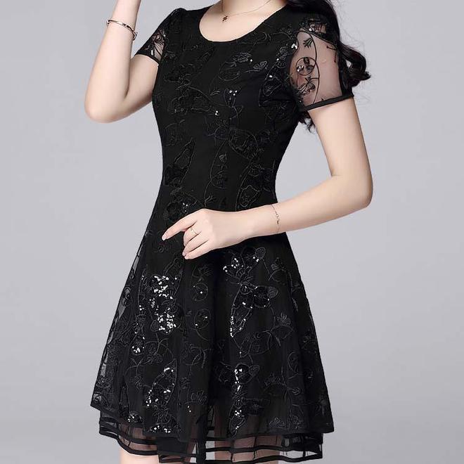 馬上五一,建議女人別穿太土!連衣裙才是這個夏天的主流,美醉了