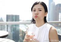 她是《詭探》裡可愛神婆,帶著林嘉欣和陳妍希的影子成功俘虜觀眾!
