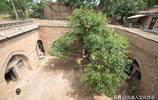 盛夏來臨氣溫高達40度,可你見過晉南農村窯洞內睡覺還得蓋被子嗎