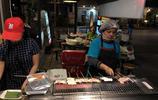 """""""麻辣""""最近在泰國特別火!花50泰銖買些烤串,媳婦說不值"""