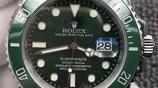夏季游泳怎麼能少了勞力士綠水鬼系列腕錶,男士值得擁有
