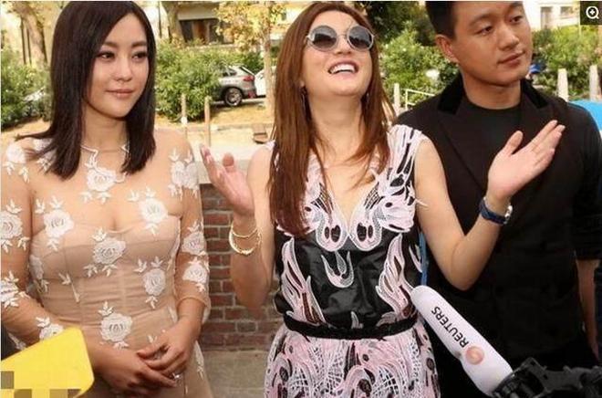 38歲郝蕾和41歲趙薇,大家都屬胖美人,同框後差距瞬間出來了!