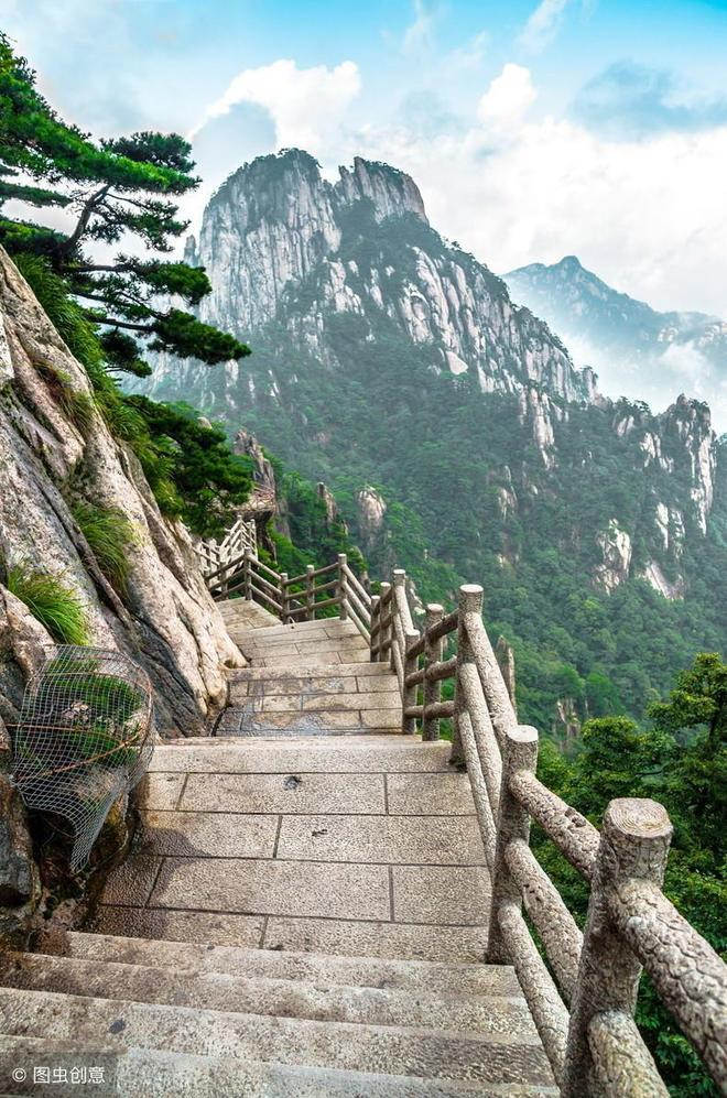 中國最能掙錢的山,一年賺5個億,名氣大到讓城市改名