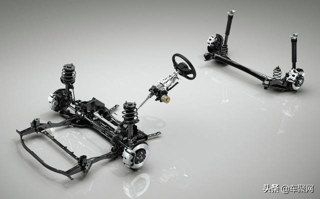 全新馬自達3海外試駕:四驅配扭力樑後懸調出豪華駕感?