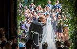 浪漫的王室之吻:女王和菲利普親王令人感動,戴安娜天鵝頸美成畫