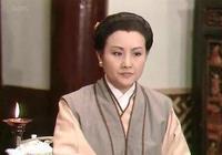 《新白娘子傳奇》裡,許仙真的愛白素貞嗎?