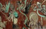 除了絕美的壁畫,從這個角度看的敦煌莫高窟建築也是十分出色的