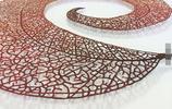 僅靠一臺家用縫紉機創造出來刺繡作品,太輕盈也太精美