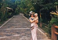 帶娃旅行很難?這位1歲的寶寶已經走過半個中國了
