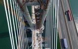 湖北襄陽:蒙華鐵路漢江特大橋完成掛索施工進入合龍倒計時
