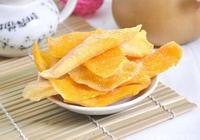 風靡中國15年的印度芒果乾,製作過程曝光後,網友直言不敢買了!