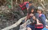 馬來西亞女孩與男孩下河洗澡觸犯校規,為逃避處罰差點在命喪叢林