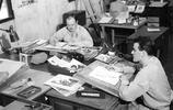 二戰紀實:二戰期間,人們是靠什麼去發傳單的?