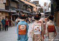 日本人湧入中國卻是為了買樣東西,但又不捨得買,我國人看了想笑