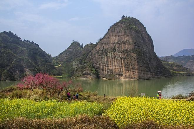 湖南這個縣城有著不輸張家界的美景,成為湖南人最喜愛的避暑勝地