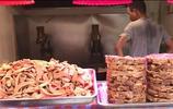 來青島不吃這種小吃等於沒來,大叔一天炸20鍋,每天賣700斤!