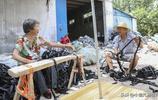 農村7旬老人早出晚歸,太陽下做活12個小時,掙50多元,看得心疼
