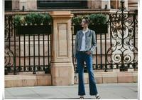 樑洛施小香風外套配牛仔褲,簡單穿搭美出新高度,天鵝頸好看極了