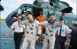 """人類首張""""太空自拍照""""拍出史上最高價!引得其他航天員紛紛模仿!"""