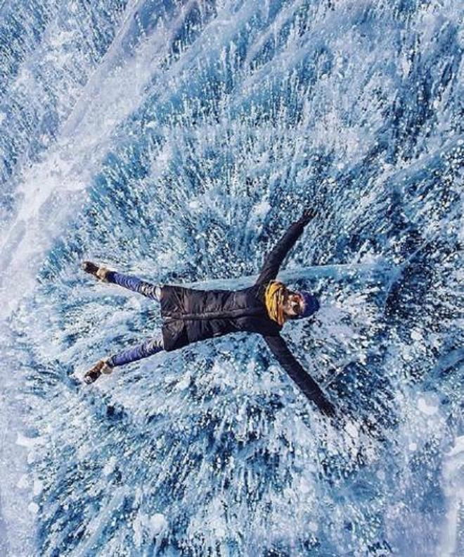 冰凍的貝加爾湖,西伯利亞的明眸