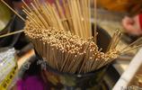 偶然看見火鍋串串製作過程,一斤牛肉,大家猜猜可以做成多少串?