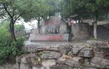 """徐向前元帥墓:27公里""""長龍""""環繞,骨灰灑在129級臺階!"""