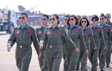 """""""姐只是個開戰鬥機的"""":八一飛行表演隊中隊長,兩次參加大閱兵"""