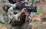 軍事組圖:大兵們滿身裝備戰場見