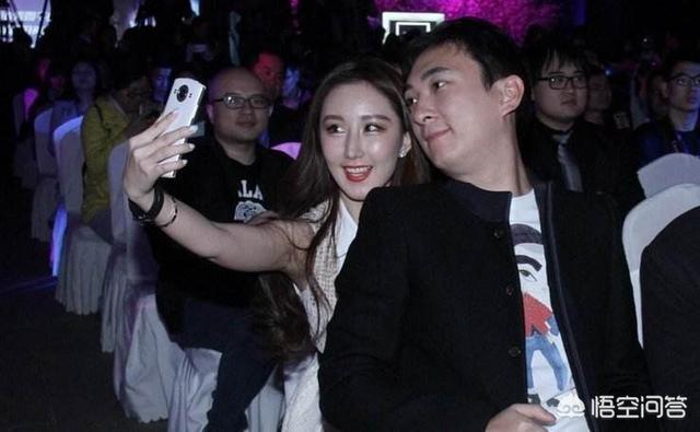 江蘇網警警告王思聰不要侮辱他人,你認為這次事真的大了嗎?