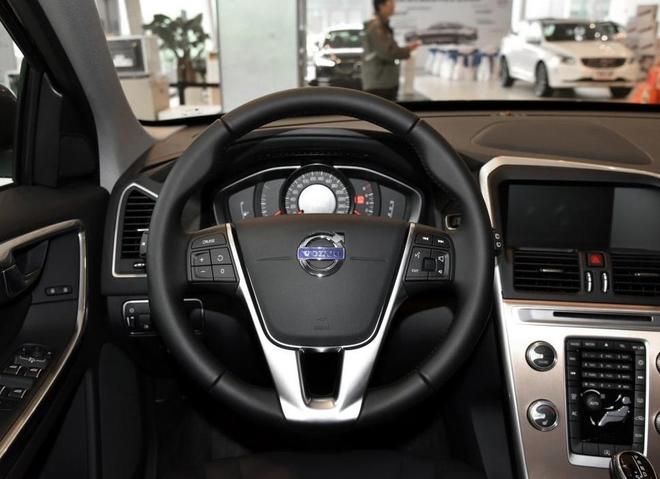 全新寶馬X3的顏值再高還是要擔心這車,靠實力而不是靠加長博眼球