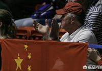 那個可愛的波蘭老爺爺又在中國隊比賽的賽場出現了,一如既往的支持中國隊,你怎麼看?