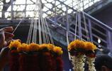 實拍印度的鮮花市場:只賣花朵不買枝葉,各種鮮花論斤賣