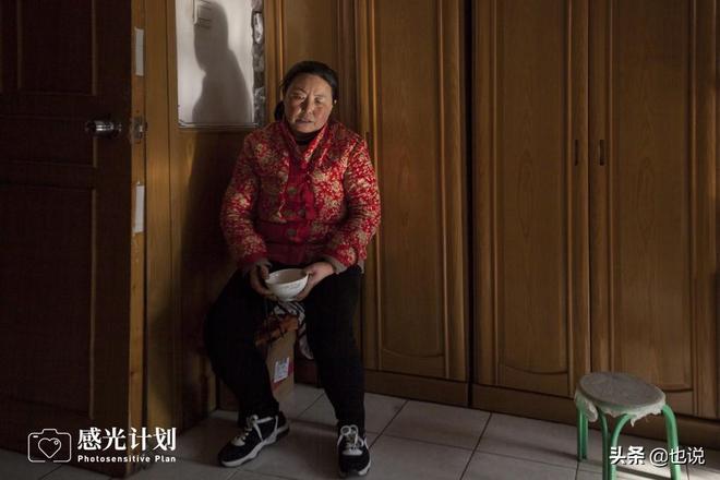 母親不識字,供三個女兒讀大學,兒子卻身患白血病讀書夢斷