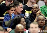 科比13歲二女兒迴應球迷:父親不需要兒子,我可以繼承他的籃球血統,你怎麼看?
