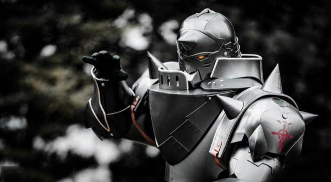 日本C92漫展 神級COS《鋼之鍊金術師》阿爾馮斯·艾爾利克