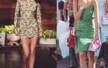 各路明星超模的碎花裙穿搭街拍 你最中意哪個?
