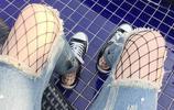 幾件新潮時尚的孕婦破洞牛仔褲,給寶媽的魅力加分