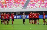 足協盃第4輪建業客場對陣恆大,河南建業球員在天河體育場踩場